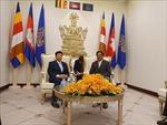 Tiếp tục tháo gỡ một số vấn đề khó khăn cho người gốc Việt tại Campuchia