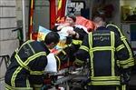 Nổ bưu kiện nghi là bom ở phố đi bộ, it nhất 8 người bị thương