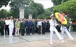Đoàn đại biểu thương binh nặng tiêu biểu toàn quốc tưởng niệm các Anh hùng liệt sĩ