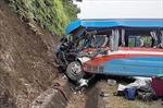 Tuyên Quang: Hỗ trợ gia đình và nạn nhân trong vụ tai nạn trên QL 2