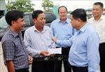Bộ trưởng Nguyễn Chí Dũng thị sát khu vực bị sạt lở trên Quốc lộ 91, An Giang