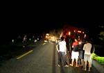 Va chạm 'hung thần' container, hai thanh niên đi xe máy tử vong