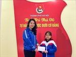 Bé gái lớp 4 gửi tiền mừng tuổi mua khẩu trang tặng người dân chống dịch