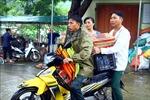 Nghệ An: Trao hàng cứu trợ, ổn định cuộc sống của người dân huyện Thanh Chương sau mưa lũ