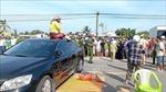 Tạm giữ đối tượng đậu xe ô tô chắn ngang quốc lộ 1A gây ùn tắc kéo dài