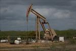 Giá dầu châu Á giảm khoảng 1% trước cuộc họp OPEC+