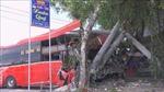 Xe khách va chạm với xe đạp làm 3 người chết, 4 người bị thương