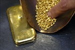 Giá vàng thế giới chốt phiên 8/3 thấp nhất kể từ tháng 4/2020