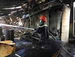 Kịp thời khống chế đám cháy công ty gỗ tại Bình Dương
