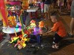 Trung thu đến sớm với trẻ em vùng ngập Thủ đô