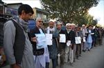 Bạo lực bầu cử ở Afghanistan khiến 130 người thương vong