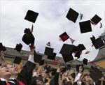 Maldives miễn học phí bậc đại học