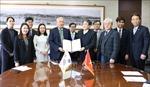 Đại học Quốc gia Incheon ký thỏa thuận cấp học bổng cho sinh viên Việt Nam