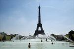 Tháp Eiffel phải đóng cửa vì một đối tượng cố thủ hơn 6 giờ