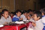 Mô hình trường học bán trú giúp học sinh vùng cao yên tâm đến lớp