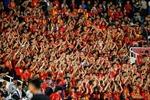 Người hâm mộ chờ đợi chiến thắng của Đội tuyển Việt Nam
