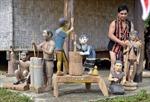 ALăng Blêu - Người giữ lửa nghệ thuật điêu khắc Cơ Tu