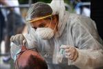 Pháp hỗ trợ 500 euro mỗi nhân viên y tế chăm sóc tại nhà trong dịch COVID-19