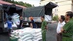 Liên tiếp phát hiện 4 xe tải vận chuyển 39 tấn đường cát trong đêm tối