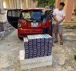 Bắt giữ xe ô tô vận chuyển 1.490 bao thuốc lá nhập lậu