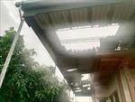 Mưa lớn kèm dông lốc gây thiệt hại tại Cà Mau
