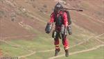 Ấn tượng bộ đồ bay phản lực dành cho nhân viên y tế