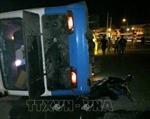 Lật xe chở công nhân tại Quảng Ninh làm 1 người tử vong, 2 người bị thương