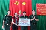 Thành phố Hồ Chí Minh hỗ trợ đồng bào gặp khó khăn và Bộ đội Biên phòng tỉnh Long An