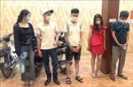 Bắt quả tang 5 thanh niên 'bay lắc' ở nhà nghỉ Thiên Đường