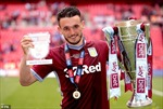 John McGinn - Bản lĩnh cầu thủ trẻ của Scotland