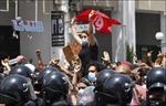 Tổng thống Tunisia giải tán Chính phủ, đình chỉ Quốc hội