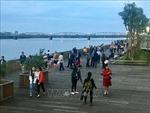 Khánh thành cầu đi bộ gỗ lim trên sông Hương
