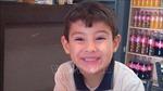 Bé trai 5 tuổi sống sót sau 24 giờ bị lạc giữa sa mạc