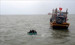 Cứu nạn thành công 6 ngư dân Quảng Bình bị chìm tàu