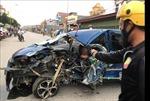 Ba người bị thương sau va chạm nghiêm trọng giữa ô tô và xe ba bánh