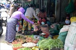 Hiểu nhầm quy định của TP Đà Nẵng, người dân đổ xô tích trữ thực phẩm