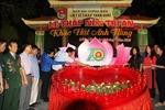 Thắp nến tri ân Liệt sĩ Thanh niên xung phong tại Ngã ba Đồng Lộc
