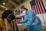 Mỹ: Giám đốc CDC cảnh báo không nên dỡ bỏ các hạn chế COVID-19