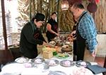 Món ngon Việt Namhấp dẫn bạn bè quốc tế