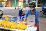 Bưu điện Việt Nam hỗ trợ những người có hoàn cảnh khó khăn do dịch COVID-19