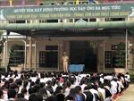 Trường học phối hợp với công an địa phương kiểm tra đột xuất an ninh