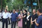 Người dân bày tỏ tiếc thương với Chủ tịch nước Trần Đại Quang