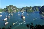 Giảm giá vé, lượng khách tham quan vịnh Hạ Long tăng cao ngày cuối tuần