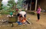 Dân 'khát' bên công trình nước sạch tiền tỷ