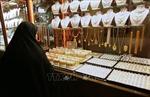 Giá vàng giảm do hoạt động chốt lời