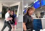 Cấm bay 12 tháng đối với nữ hành khách mạt sát nhân viên hàng không