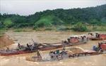 Phạt gần 700 triệu đồng đối với 6 trường hợp khai thác cát trái phép