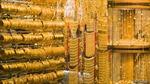 Giá vàng thế giới tăng 0,6%, đồng USD đi xuống