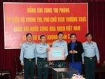 Phó Chủ tịch thường trực Quốc hội Tòng Thị Phóng thăm Sư đoàn Không quân 372