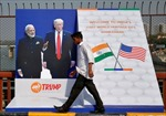 Tổng thống Trump đến Ấn Độ, bắt đầu chuyến thăm chính thức 3 ngày